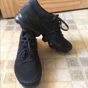 Nike Vapormax Black Sneakers